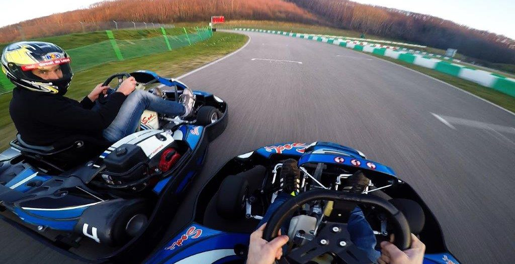 circuit de karting karting du laquais circuit du laquais. Black Bedroom Furniture Sets. Home Design Ideas